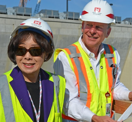 USACE Sacramento District Mega Project Center Director David Thomas provides a tour of the Folsom Dam auxiliary spillway project to Congresswoman Doris Matsui. Thomas was recognized September 28, 2016, by the American Society of Civil Engineers for his leadership on the project.