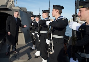 Deputy Defense Secretary Bob Work greets Finnish sailors before observing a military exercise in Helsinki, Oct. 6, 2016. DoD photo by Navy Petty Officer 1st Class Tim D. Godbee