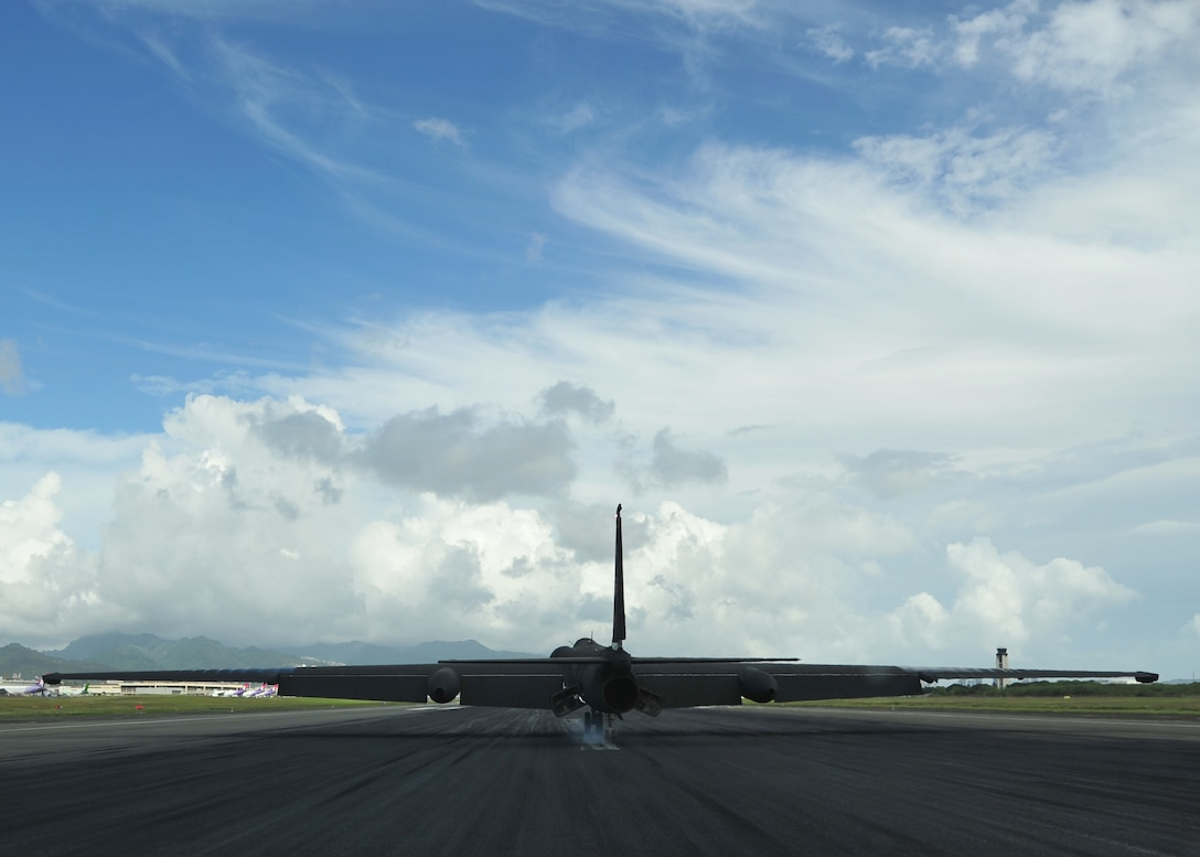 A U-2 Dragon Lady land s at Joint Base Pearl Harbor-Hickam (JBPHH), Hawaii, Oct. 3, 2016. The U-2 is transitioning through JBPHH for the first time in over  two years as it moves to and from Beale Air Force Base, California. This type of movement enables warfighters to provide vital intelligence to senior Air Force and civilian leaders. (U.S. Air Force photo by Tech. Sgt Aaron Oelrich/Released)