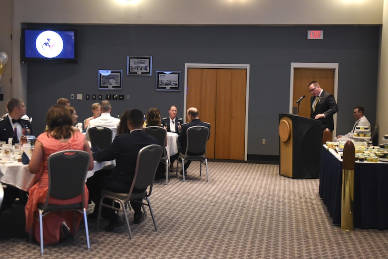 U.S. Navy retired Master Chief Petty Officer Sean Lemmons speaks at the Navy Ball at the Event Center on Goodfellow Air Force Base, Texas, Oct. 7, 2016. The ball celebrated the Navy's 241st birthday. (U.S. Air Force photo by Airman 1st Class Chase Sousa/Released)