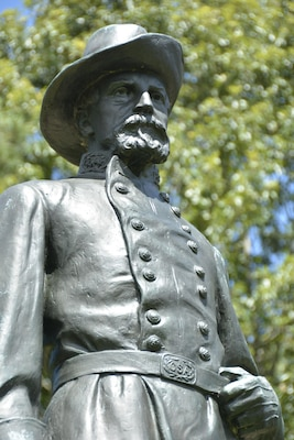 Confederate Lt. Gen. John C. Pemberton: Lt. Gen. John C. Pemberton, the Pennsylvanian in gray who commanded the Department of Mississippi and East Louisiana, remained in Vicksburg while fighting raged along the banks of Chickasaw Bayou north of the city.