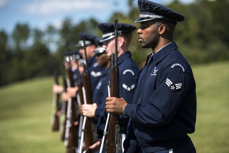 Members of the Moody Air Force Base Honor Guard practice commands before a funeral, Oct. 13, 2016, in Jacksonville, Fla. The firing party executes various commands, striving to be in sync at all times. (U.S. Air Force photo by Airman 1st Class Janiqua P. Robinson)