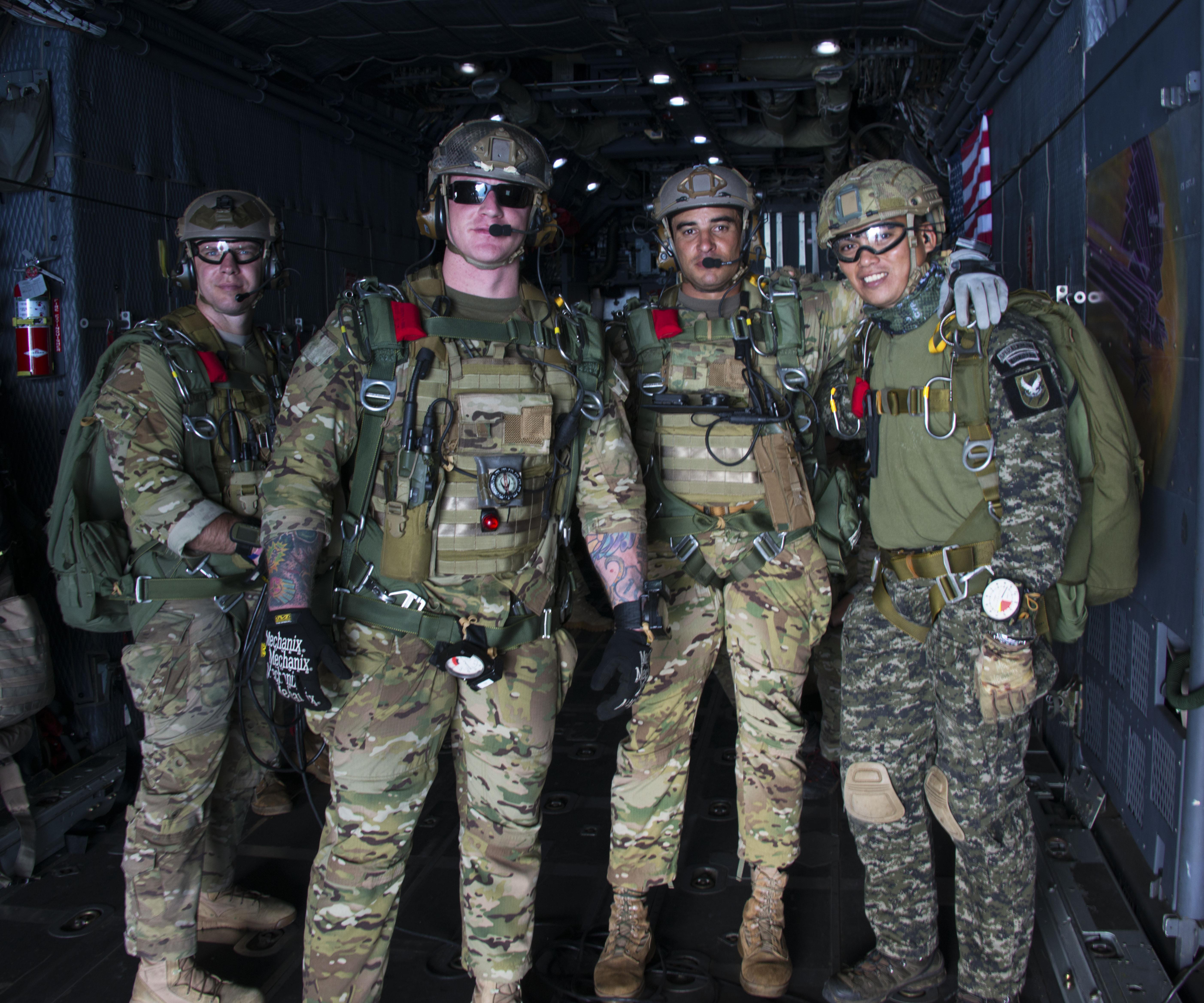 Air Commandos conduct HALO airdrops at Teak Piston 2016