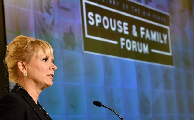 Michelle Padgett, from the office of the Air Force chief of staff, moderates a discussion during the Secretary of the Air Force Spouse and Family Forum at Joint Base Andrews, Md., Oct. 19, 2016. (U.S. Air Force photo/Scott M. Ash)