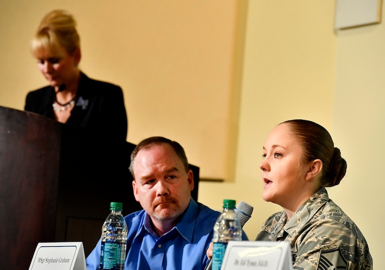 Master Sgt. Stephanie Graham, from the 707th Intelligence, Surveillance and Reconnaissance Squadron; and Jeremy Hilton, a military spouse, answer questions during the Secretary of the Air Force Spouse and Family Forum at Joint Base Andrews, Md., Oct. 19, 2016. (U.S. Air Force photo/Scott M. Ash)