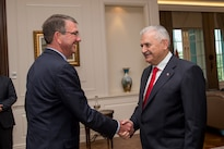 Defense Secretary Ash Carter shakes hands with Turkish Prime Minister Binali Yildirim in Ankara, Turkey, Oct. 21, 2016. DoD photo by Air Force Tech. Sgt. Brigitte N. Brantley