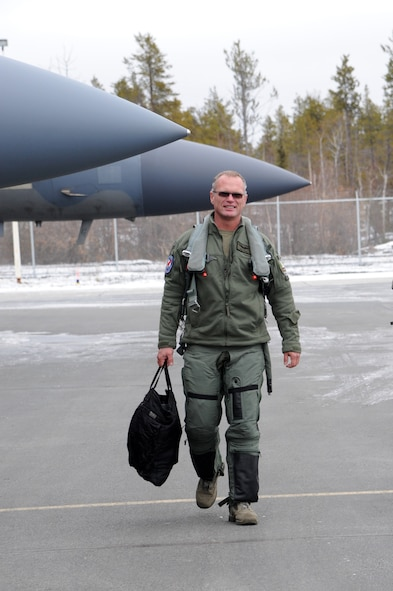 Lt. Col. William Kopp, 123rd Fighter Squadron, arrives in Yellowknife, Northwest Territories, for Exercise Vigilant Shield 2017, Oct. 17, 2016.  During this exercise, forces supporting North American Aerospace Defense Command (NORAD) will deploy and conduct air sovereignty operations in the far north and the high Arctic demonstrating the ability to detect, identify and meet possible threats in some of the most remote regions in the world.  (U.S. Air National Guard photo by Senior Master Sgt. Shelly Davison, 142nd Fighter Wing Public Affairs).