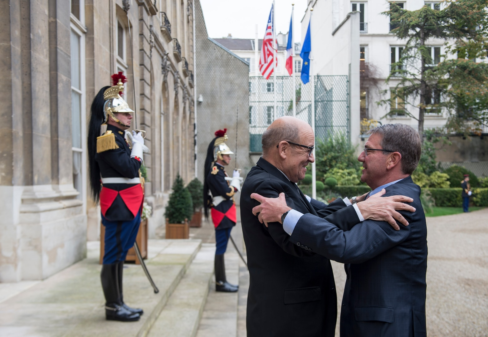 Defense Secretary Ash Carter meets with French Defense Minister Jean-Yves Le Drian in Paris prior to a small group defense ministerial to discuss efforts to counter the Islamic State of Iraq and the Levant, Oct. 25, 2016. DoD photo by Air Force Tech. Sgt. Brigitte N. Brantley