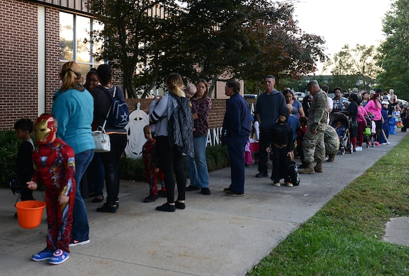 families line up for night at the transportation museum event at joint base langley eustis - Halloween Events In Va