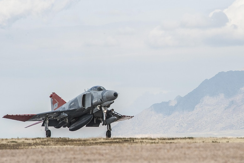 A QF-4 Aerial Target aircraft in manned configuration, piloted by Lt. Col. Ron King, 82nd Aerial Targets Squadron, Detachment 1 commander, arrives at Hill Air Force Base, Oct. 25. (U.S. Air Force photo by Paul Holcomb)