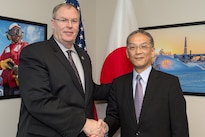 Deputy Defense Secretary Bob Work greets Tetsuro Kuroe, Japan's administrative vice defense minister, before a meeting at the Pentagon, Oct. 26, 2016. DoD photo by Army Sgt. Amber I. Smith