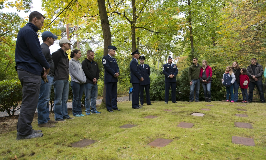 """An engraved stone stands in the American Kindergraves in Kaiserslautern, Germany, Oct. 15, 2016. The stone reads, """"Although gone from us they are not forgotten."""" The Ramstein Area Chiefs' Group held a dedication ceremony for Gary Currie, an infant who lost his life in 1952. Joy Caffey, Gary's mother, does not know where her son is laid to rest. Her family reached out to the Ramstein Area Chief's Group and they offered to dedicate a gravestone to Gary within the Kindergraves. (U.S. Air Force photo by Senior Airman Tryphena Mayhugh)"""