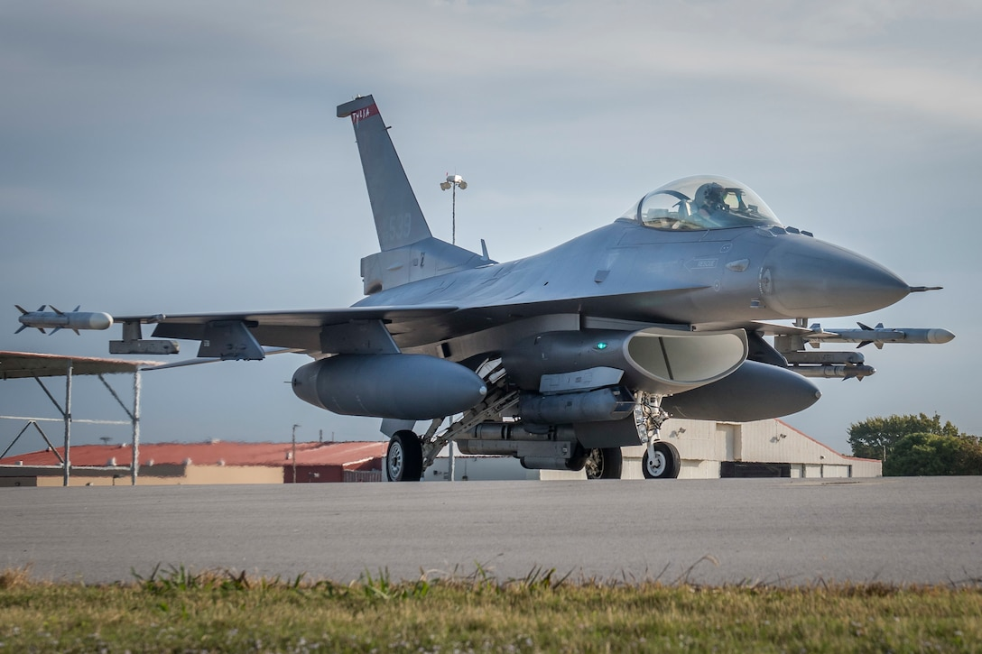 An F-16 Fighting Falcon from the 138th Fighter Wing in Tulsa, Okla., prepares for a morning sortie Oct. 19, 2016. (U.S. Air National Guard photo/Tech. Sgt. Drew A. Egnoske)