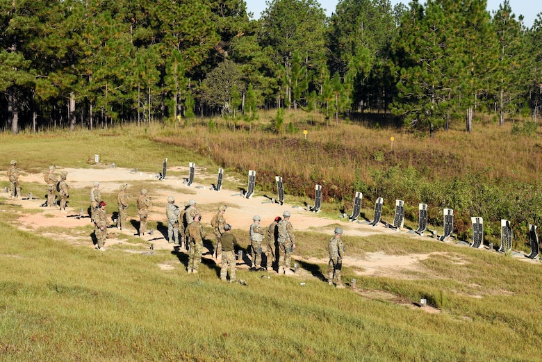 Air Commandos with the 1st Special Operations Mission Support Group receive advance combat arms training during Task Force Exercise Southern Strike at Camp Shelby, Miss., Oct. 23, 2016. Air Commandos received in-depth weapons training from combat arms training and maintenance instructors with the 1st Special Operations Security Forces Squadron. (U.S. Air Force photo by Senior Airman Jeff Parkinson)