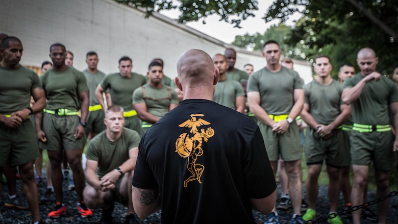 A Force Fitness Instructor (FFI) Trainer briefs the class of FFI students before executing practical application at Marine Corps Base Quantico, Virginia, October 3, 2016. The FFI course is made up of physical training, classroom instruction and practical application to provide the students with a holistic approach to fitness. Upon completion, the Marines will return to serve as unit FFIs, capable of designing individual and unit-level holistic fitness programs.
