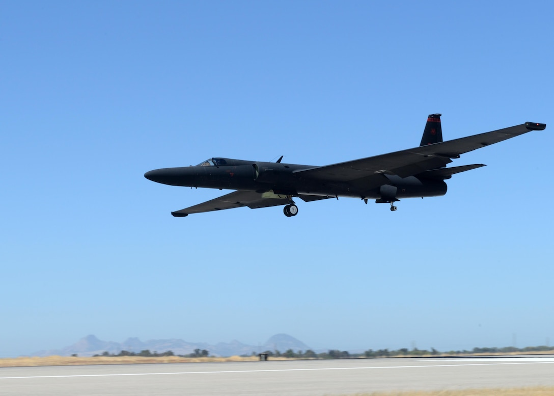 A U-2 Dragon Lady piloted by Maj. J.J., 1st Reconnaissance Squadron student pilot, prepares to land Aug. 31, 2016, at Beale Air Force Base, California. J.J.'s flight qualified him as the 1,000 pilot to operate the U-2 in the aircrafts 61 years of service. (U.S. Air Force photo by Senior Airman Ramon A. Adelan)