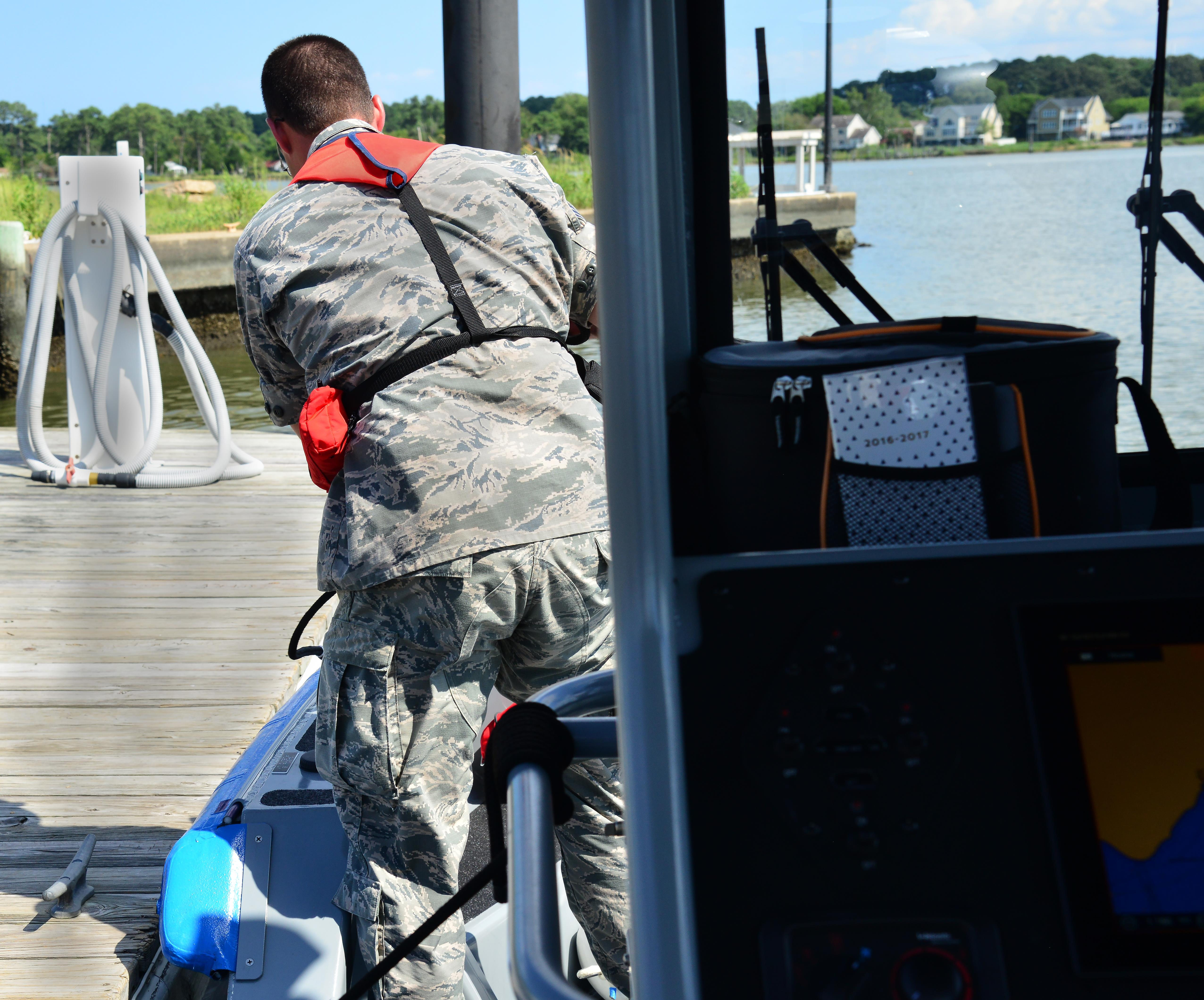 Photos Addition Of Forces Us Air Force Senior Airman Philip Thompson 633rd Security Squadron Boat Patrolman Unties