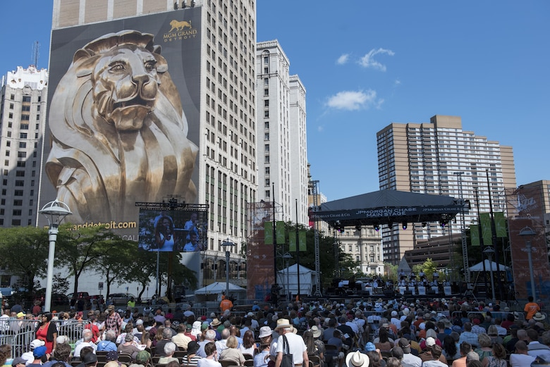 Tech. Sgt. Paige Wroble, U.S. Air Force Band's Airmen of Note vocalist, performs during the Detroit International Jazz Festival in Detroit, Mich., Sept. 4, 2016. The Detroit International Jazz Festival is the world's largest free jazz festival. (U.S. Air Force photo by Senior Airman Philip Bryant)