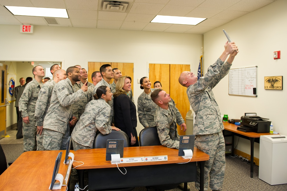 The Honorable Deborah Lee James Secretary of the Air Force takes a group selfie with students and instructors from Airman Leadership School Sept. 9, 2016, at Patrick Air Force Base, Fla. Her two-day stay included an all call, meeting with members of Patrick-Cape and its mission partners, and a visit to the Atlas Spacecraft Operations Center where she witnessed her first launch at the Eastern Range. (U.S. Air Force photo/Matthew Jurgens)