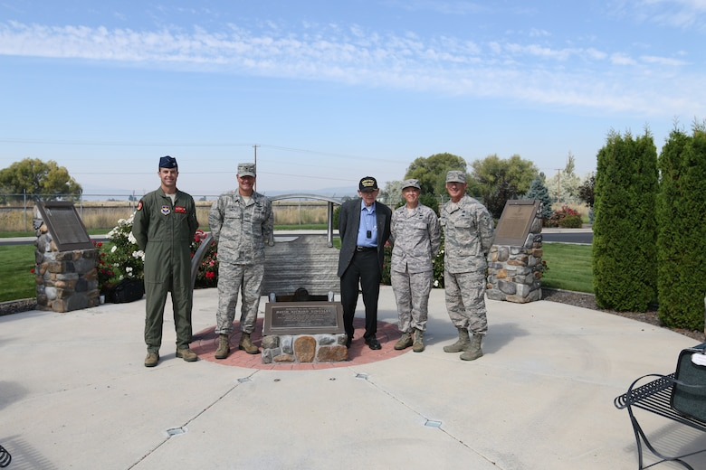 Mr. Joe Rolison, World War II veteran and husband to Lt. David R. Kingsley's late sister Phyllis, visited the 173rd Fighter Wing and stands with from left operations group commander Col. Jeff Edwards, 173rd Fighter Wing commander Col. Jeff Smith, vice commander Col. Donna Prigmore, and Command Chief Master Sgt. Mark McDaniel. Rolison visited the base to share his stories and a number of historic items of Kingsley's, including his journal kept during WWII. (U.S. Air National Guard photo by Tech. Sgt. Jefferson Thompson/released)