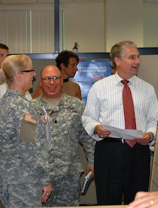 """Mr. Stephen D. Austin, Assistant Chief of Army Reserve, meets with senior leaders and staff members of Army Reserve Medical Command in Pinellas Park, Florida at the C.W. """"Bill"""" Young Armed Forces Reserve Center on Friday, Sept. 16. The ACAR also met with Soldiers and leaders from Army Reserve Medical Management Center co-located with ARMEDCOM at the C.W. Bill Young Armed Forces Reserve Center. ARMEDCOM enhances readiness, medical support, and medical training and is the largest medical footprint of the Army Reserve with more than 100 different medical units located throughout the United States."""