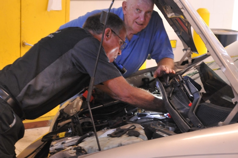 Auto Hobby Shop offers trained staff and self-service repairs