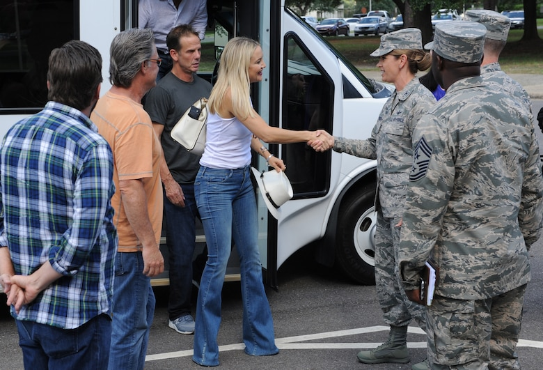 Kate Hudson, Deepwater Horizon actress, is greeted by Col. Michele Edmondson, 81st Training Wing commander, at the 81st TRW Headquarters Building before the Deepwater Horizon movie screening Sept. 20, 2016, on Keesler Air Force Base, Miss. Before the screening, actor Kurt Russell, Hudson and movie director, Peter Berg, took a short tour of the 81st TRW and 403rd Wing to meet with Airmen and learn about their missions at Keesler. (U.S. Air Force photo by Kemberly Groue/Released)
