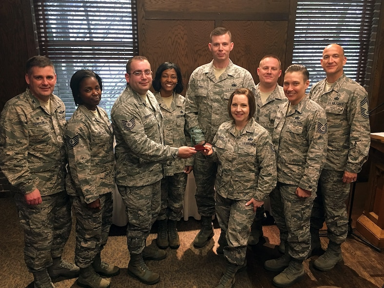 Airmen with the I.G. Brown Training and Education Center receive the 2016 Silver Supporter award in Knoxville, Tenn., March, 7, 2017, for blood drives that contributed between 300-500 units of blood to the Medic Regional Blood Center. (Photo courtesy Chief Master Sgt. Edward Walden)