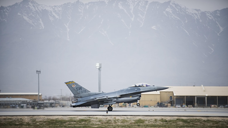 Lt. Col. Craig Andrle, 79th Expeditionary Fighter Squadron commander, lands after flying a combat sortie March 20, 2017 at Bagram Airfield, Afghanistan. During the sortie, Andrle reached a milestone 1,000 combat hours. (U.S. Air Force photo by Staff Sgt. Katherine Spessa)