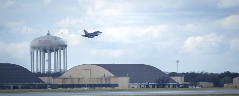 An F-16 Fighting Falcon takes off during an Aerospace Control Alert scramble at Joint Base Andrews, Md., March 28, 2017. A scramble is a rapid response to any air defense operation and air emergency. The 113th Aerospace Control Alert facility has more than double the number of alert events than all other active duty and National Guard bases combined. (U.S. Air Force photo by Airman 1st Class Gabrielle Spalding)