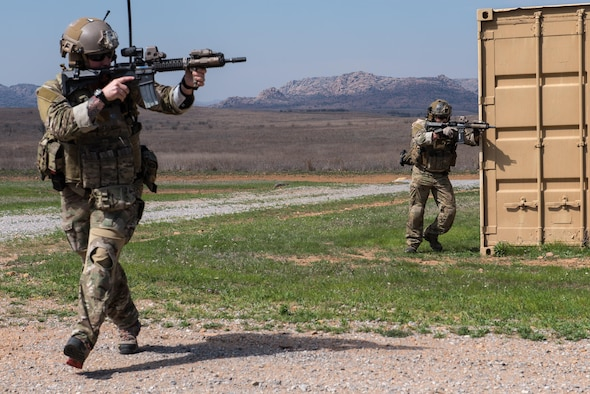 Special Tactics Airmen from the 123rd Special Tactics Squadron, Kentucky Air National Guard, maneuver through multiple training scenarios at Falcon Bombing Range, Fort Sill, Okla., March 22, 2017. The 137th Air Support Element from the 137th Special Operations Wing, Oklahoma City, coordinated a joint training event with the 123rd Special Tactics Squadron, Kentucky Air National Guard, Air Force Reserve F-16 Fighting Falcons from the 301st Fighter Wing and T-38 Talons from the 88th Fighter Training Squadron, Sheppard Air Force Base, March 20-23, 2017. (U.S. Air National Guard photo by Senior Master Sgt. Andrew M. LaMoreaux/Released)