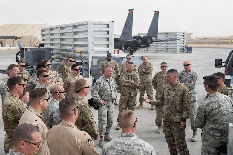 U.S. Army Lt. Gen. Stephen Townsend, Combined Joint Task Force – Operation Inherent Resolve commanding general, speaks with service members deployed to the 332nd Air Expeditionary Wing April 5, 2017, in Southwest Asia. The general visited Airmen and Soldiers thanking them for their contribution to the mission. (U.S. Air Force photo by Tech Sgt. Eboni Reams)