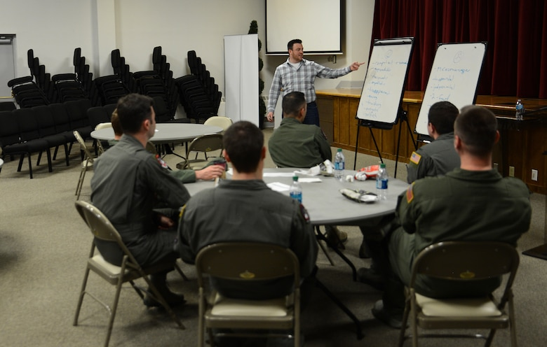 """Devin Craig, Jimmy John's director of operations and 4th Airlift Squadron honorary commander, talks about leadership traits admired by others during McChord Lunch and Learn April 7, 2017, at Joint Base Lewis-McChord, Wash. The title of this month's event was called, """"What Exactly is Leadership?"""" and focused on breaking down the different traits that make a good leader. (U.S. Air Force photo/Senior Airman Jacob Jimenez)"""