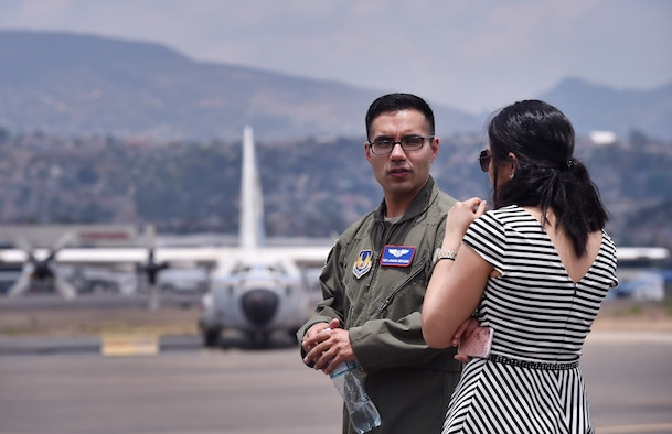 U.S. Air Force Tech. Sgt. Johann Bermudez, U.S. Air Force School of Aerospace Medicine aeromedical evacuation instructor, Wright-Patterson Air Force Base, Ohio, talks about aerospace medicine best practices with Marcela Servellon, Honduran government, Colonial Monterrey doctor of medicine, as part of a subject matter expert exchange with members of the Honduran Air Force in Tegucigalpa, Honduras, April 4. The global health engagement brought U.S. and Honduran counterparts together to build and strengthen partner relationships.