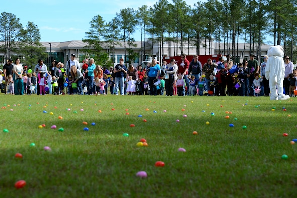 Team Shaw members gather before an egg hunt during a Month of the Military Child celebration at Shaw Air Force Base, S.C., April 8, 2017. Children participating in the hunt were given the opportunity to socialize with other children their age while also spending time having fun with family members. (U.S. Air Force photo by Airman 1st Class Kathryn R.C. Reaves)