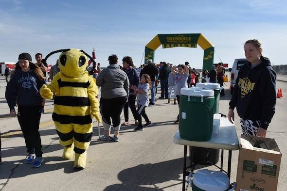 The 180th Fighter Wing, Ohio Air National Guard and the Arms forces hosted the I Believe I Can Fly 5K at the Toledo Express Airport April 9, 2017 in Swanton, Ohio. The money raised from the run will provide military members and veterans who have post-traumatic stress disorder with service dogs. The race, now in its third year, provides runners of all ages, the rare opportunity to run a unique course, down the taxiways used by Northwest Ohio's very own 180FW, while also promoting awareness and raising funds to benefit our veterans who have given so much to our great nation. (U.S. Air National Guard photo by Airman Hope Geiger)