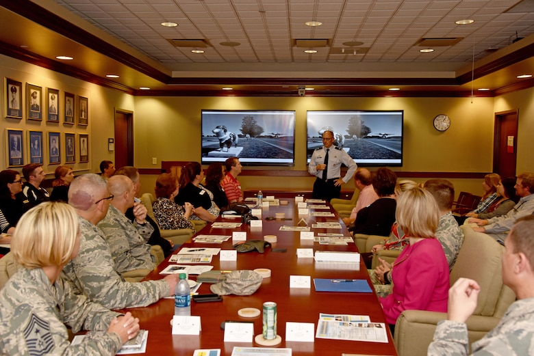 U.S. Air Force Col. Michael Downs, 17th Training Wing Commander, welcomes Leadership San Angelo in the Norma Brown Building wing conference room on Goodfellow Air Force Base, Texas, April 13, 2017. After Downs welcomed the guests, they received a wing mission brief. (U.S. Air Force photo by Staff Sgt. Joshua Edwards/Released)