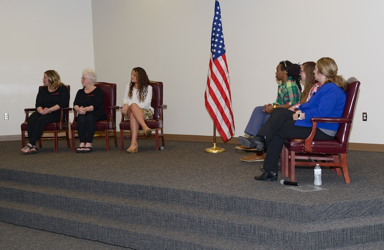 Panel members listen to questions from the audience at the Women's History Month Information Fair and Panel event at the Roberts Consolidated Aircraft Maintenance Facility Auditorium, March 31, 2017, on Keesler Air Force Base, Miss. The panel members spoke to the audience about women succeeding in the business world.  (U.S. Air Force photo by Andre' Askew)