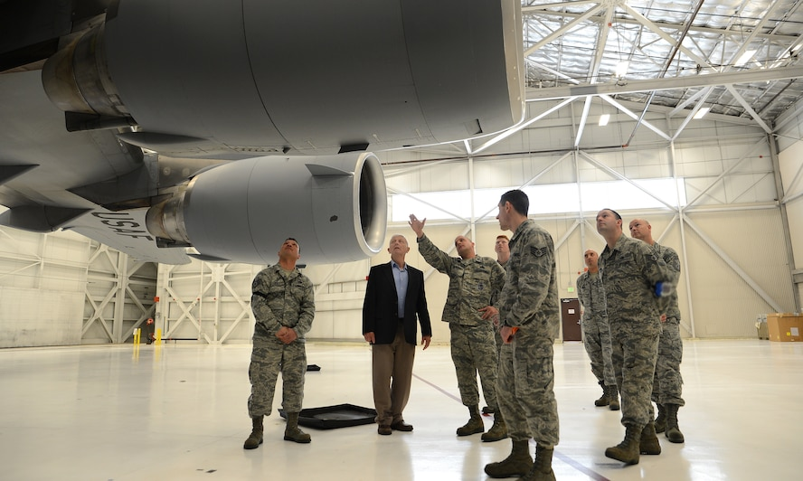 Lt. Col. Mark Szatkowski (center), 62nd Aircraft Maintenance Squadron commander, shows retired Lt. Col. Paul Needham, a former Iranian hostage and guest speaker for Wingman Day, a C-17 Globemaster III April 13, 2017, at Joint Base Lewis-McChord, Wash. Needham was held hostage in Iran for 444 days from November 1979 to January 1981 when he was released. (U.S. Air Force photo/Senior Airman Jacob Jimenez)