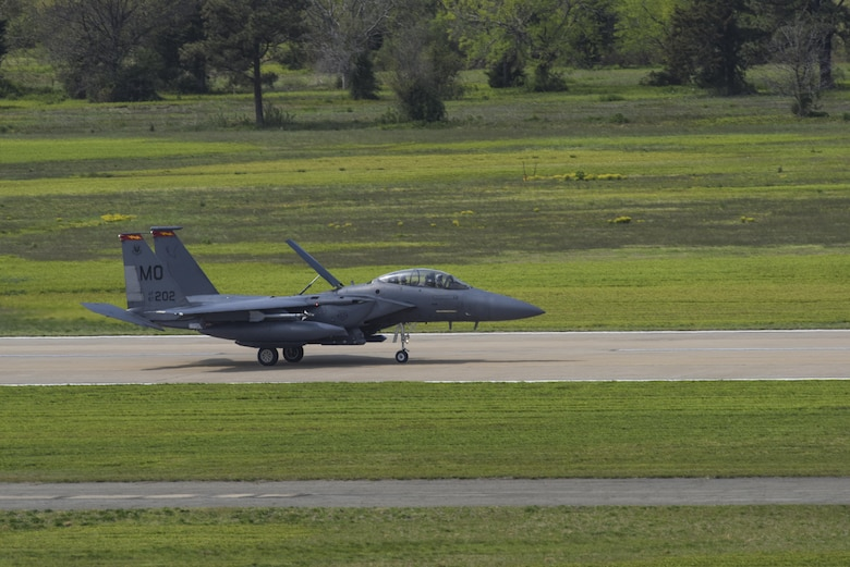 A U.S. Air Force F-15E Strike Eagle assigned to Mountain Home Air Force Base, Idaho, lands on the flightline during ATLANTIC TRIDENT 17 at Joint Base Langley-Eustis, Va., April 14, 2017. The F-15E and T-38 Talon pilots acted as adversaries during combat training missions where they have the upper-hand, creating barriers that limit U.S. and allied efforts. (U.S. Air Force photo/Airman 1st Class Anthony Nin Leclerec)
