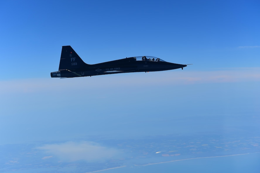 A U.S. Air Force T-38 Talon assigned to the 1st Fighter Wing at Joint Base Langley-Eustis, Va., acts as an agressor aircraft during a training fight during ATLANTIC TRIDENT 17, April 20, 2017. ATLANTIC TRIDENT 17 is an exercise that focuses on leveraging fifth-generation fighter capabilities with partnering nations, including the United Kingdom and France. (U.S. Air Force photo/Staff Sgt. Natasha Stannard)