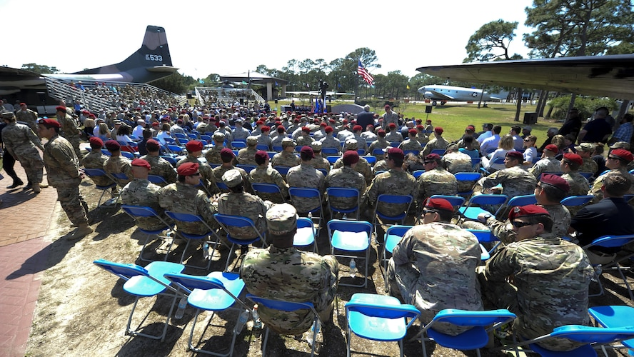 Hundred of Airmen attend a dual Air Force Cross ceremony on April 20, 2017, at Hurlburt Field, Fla. For the first time in Air Force history, two Airmen were simultaneously awarded the service's highest medal for valorous action in combat.Master Sgt. (Ret.) Keary Miller, a retired Special Tactics pararescueman from the Air National Guard's 123rd Special Tactics Squadron, and Chris Baradat, a combat controller since separated, both received Silver Star medals for their actions in combat, which were upgraded after a service-wide review.(U.S. Air Force photo Airman 1st Class Dennis Spain)