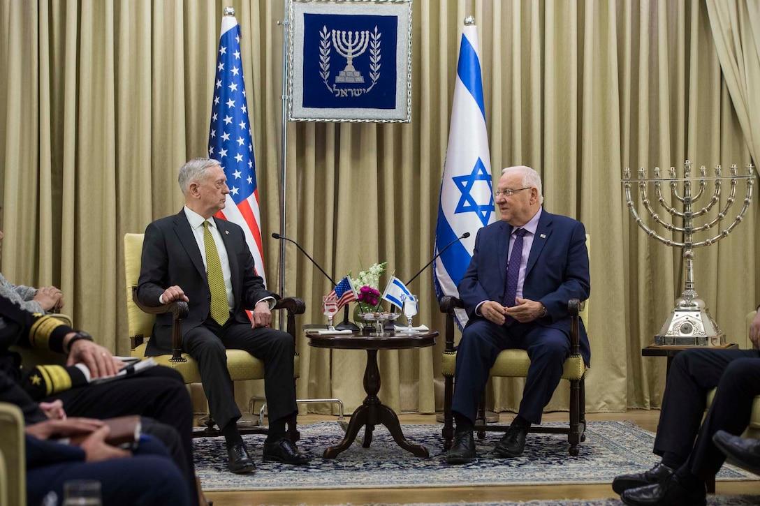Defense Secretary Jim Mattis meets with Israeli President Reuven Rivlin in Jerusalem, April 21, 2017. DoD photo by Air Force Tech. Sgt. Brigitte N. Brantley