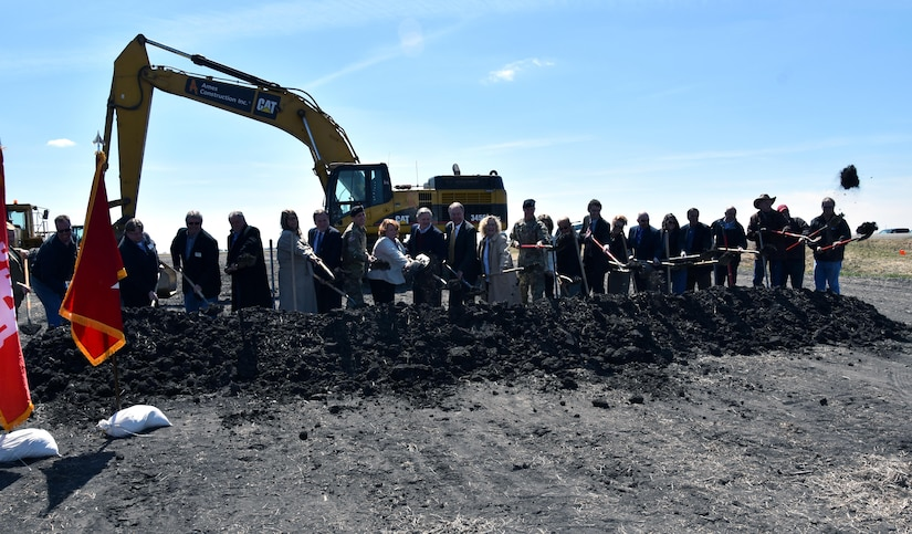 HORACE, N.D. – The U.S. Army Corps of Engineers, St. Paul District, and the Fargo-Moorhead Diversion Board of Authority hosted a 1997 Flood Commemoration and Groundbreaking Ceremony for the Fargo-Moorhead Metropolitan Area Flood Risk Management Project April 17. The ground breaking was held where the diversion project's inlet control structure will be located, south of Horace, North Dakota. The day was selected because it was the 20tn anniversary of the day the Red River of the North crested in Fargo and Moorhead during the historic flood of 1997. – USACE photo by Shannon Bauer