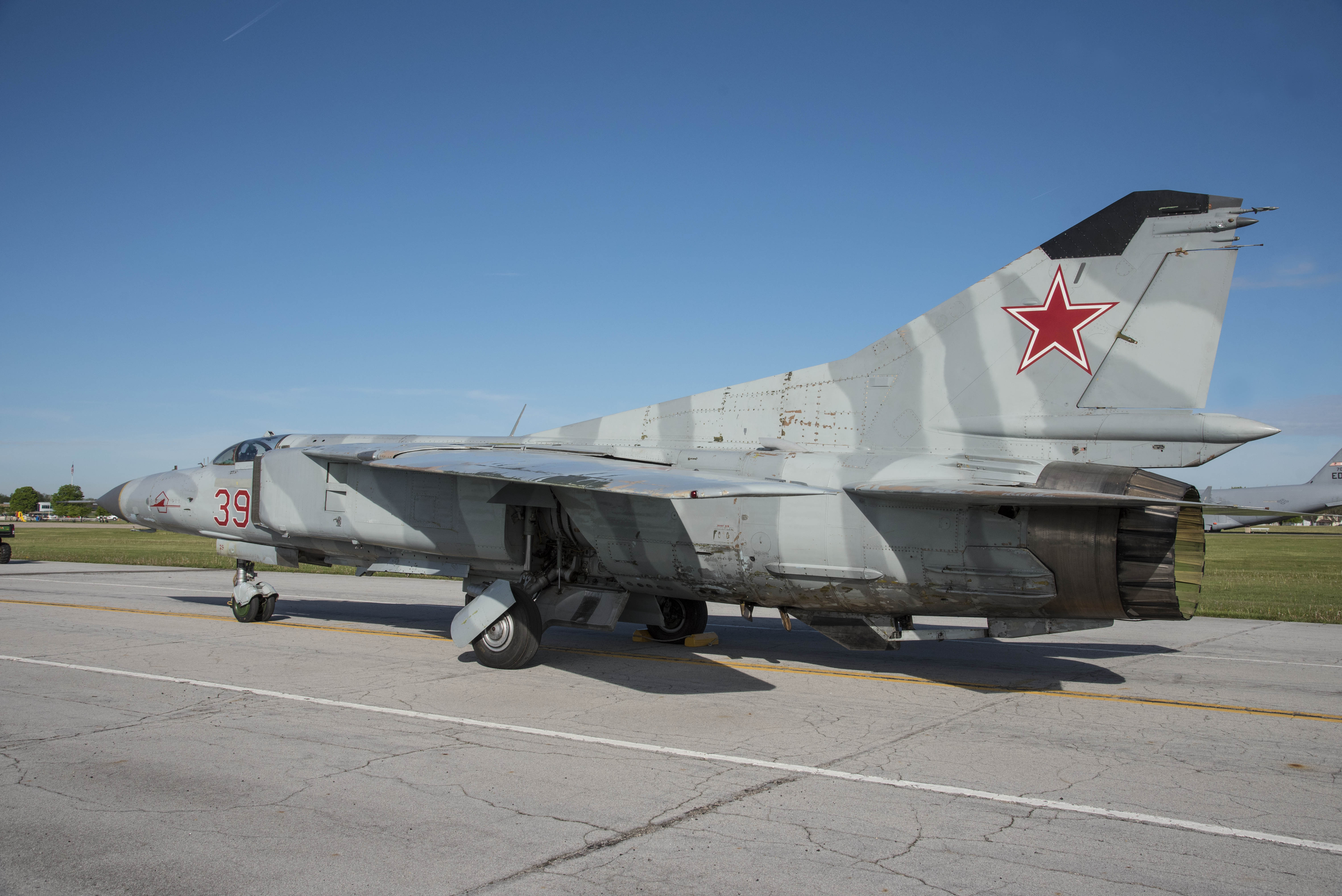 Mikoyan gurevich mig 23ms flogger e national museum of the us of 17 fandeluxe Image collections