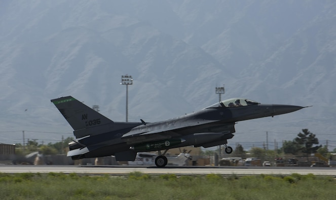 An F-16 Fighting Falcon, from the 555th Expeditionary Fighter Squadron, Aviano Air Base, Italy, lands on Bagram Airfield, Afghanistan, April 25, 2017. The 555th EFS deployed to Bagram Airfield as part of a rotation of fighters, which have had a constant presence in Afghanistan for more than a decade. (U.S. Air Force photo by Staff Sgt. Benjamin Gonsier)