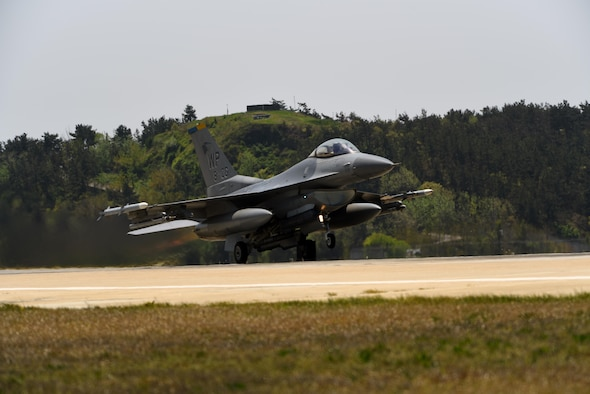 A U.S. Air Force F-16 Fighting Falcon takes off during Exercise MAX THUNDER 17 at Kunsan Air Base, Republic of Korea, April 27, 2017. Max Thunder is a regularly scheduled training exercise designed to enhance the readiness of U.S. and ROK forces to defend the Republic of Korea. (U.S. Air Force photo by Tech. Sgt. Jeff Andrejcik/Released)