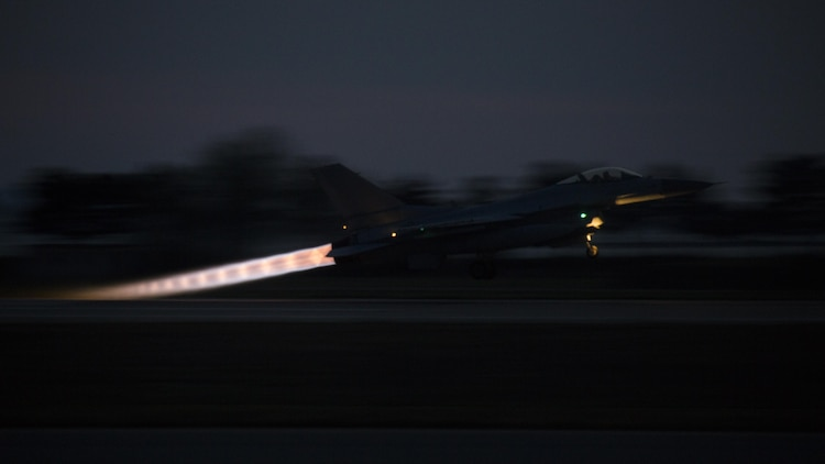 A Republic of Korea F-16 Fighting Falcon takes off during Exercise MAX THUNDER 17 at Kunsan Air Base, Republic of Korea, April 26, 2017. Max Thunder serves as an opportunity for U.S. and ROK forces to train together and sharpen tactical skills for the defense of the Asia-Pacific region. It is an annual military-flying exercise built to promote interoperability between U.S. and ROK forces. (U.S. Marine Corps photo by Lance Cpl. Carlos Jimenez)