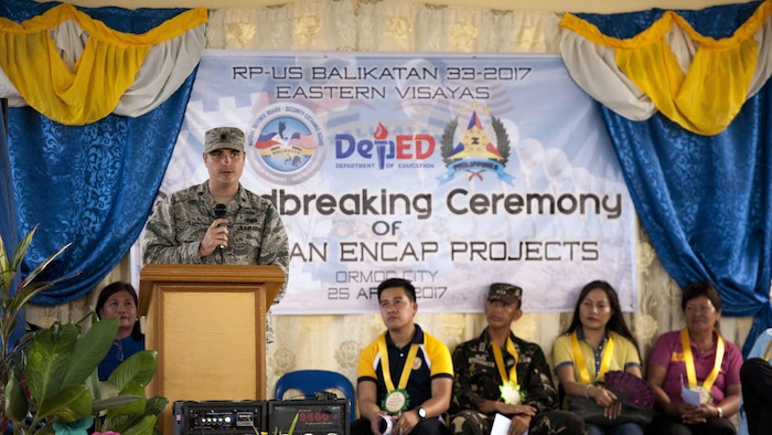 U.S. Air Force Maj. Scott Kelly speaks to local residents during a groundbreaking ceremony for Balikatan 2017 in Ormoc City, Leyte, April 25, 2017. Leaders from the Armed Forces of the Philippines, U.S. military, and Ormoc City gathered to commemorate the beginning of engineering projects for new classrooms at Margen Elementary School in Ormoc City. Balikatan is an annual U.S.-Philippine military bilateral exercise focused on a variety of missions, including humanitarian assistance and disaster relief and counterterrorism.