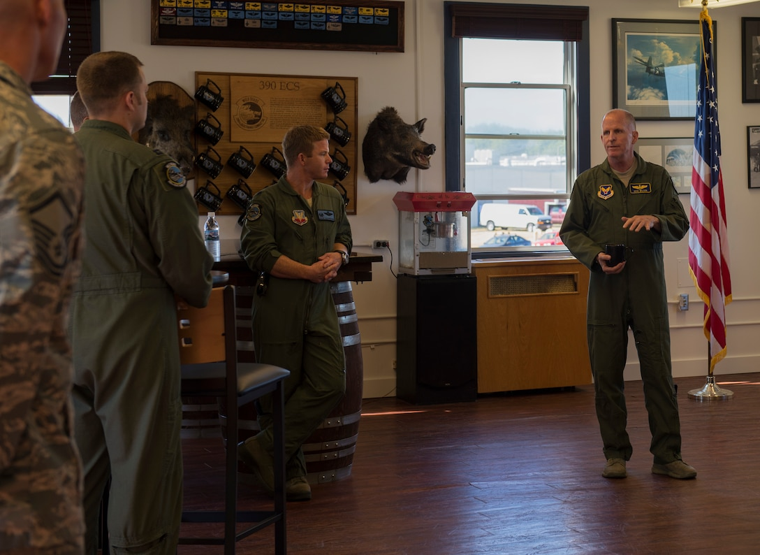Air Force Vice Chief of Staff Gen. Stephen W. Wilson addresses members of the 390th Electronic Combat Squadron at Whidbey Island Naval Air Station, Wash., July 25, 2017. Wilson spent part of his day talking to members of the 390th about the future of electronic warfare and the importance of their mission. (U.S. Air Force photo by Senior Airman Jessica H. Smith/Released)